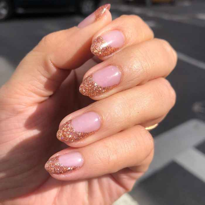 Almond Nails Guide to Nail Shape