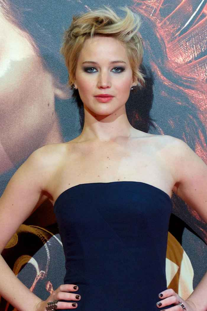 Jennifer Lawrence Cut Hair Off